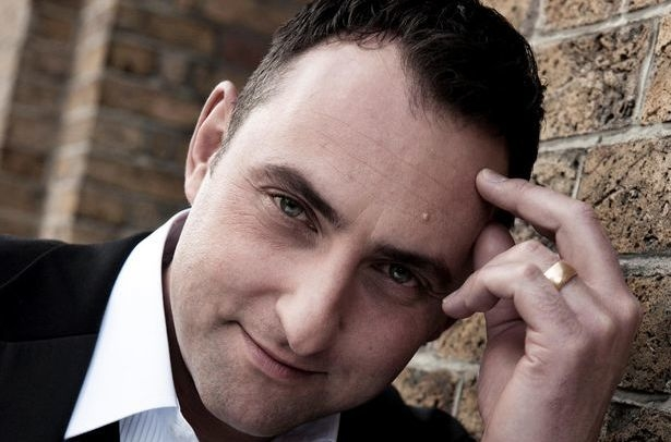 Matt Ford sings intimate Sinatra - Close To You