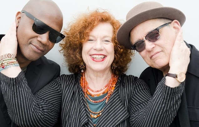 Sarah Jane Morris with Tony Remy and Tim Cansfield