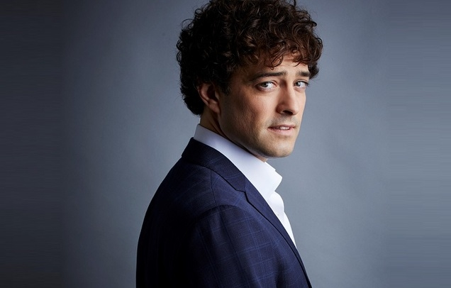 Lee Mead Presents