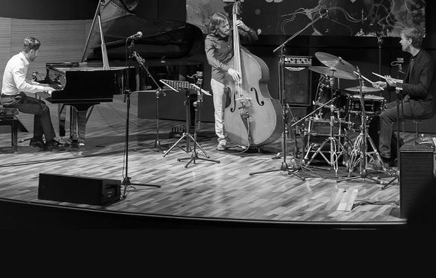Elchin Shirinov Trio